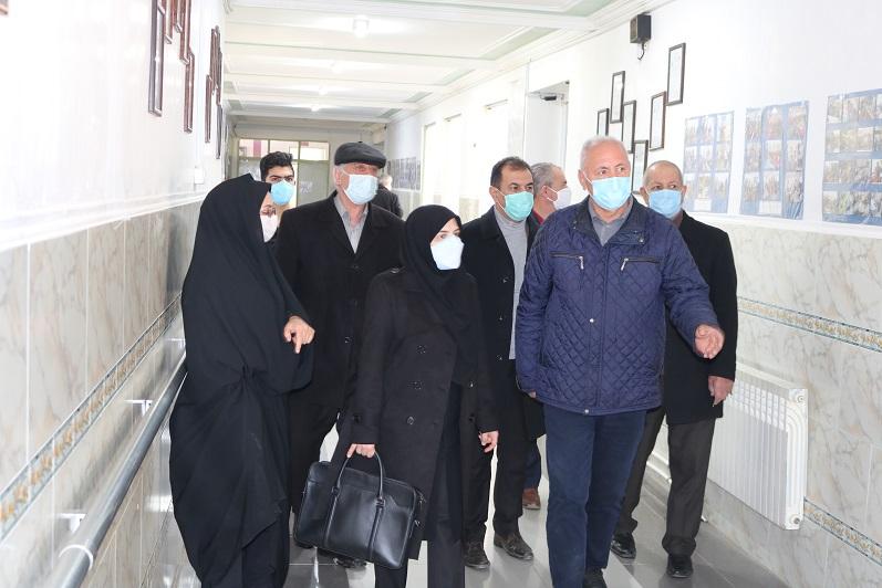 بازدید مدیرکل محترم اداره بهزیستی استان به مناسبت ایام الله دهه فجر از مرکز خیریه نگهداری از معلولین و سالمندان سراب